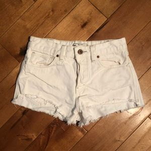 Free People Demin Distress Shorts Size 25